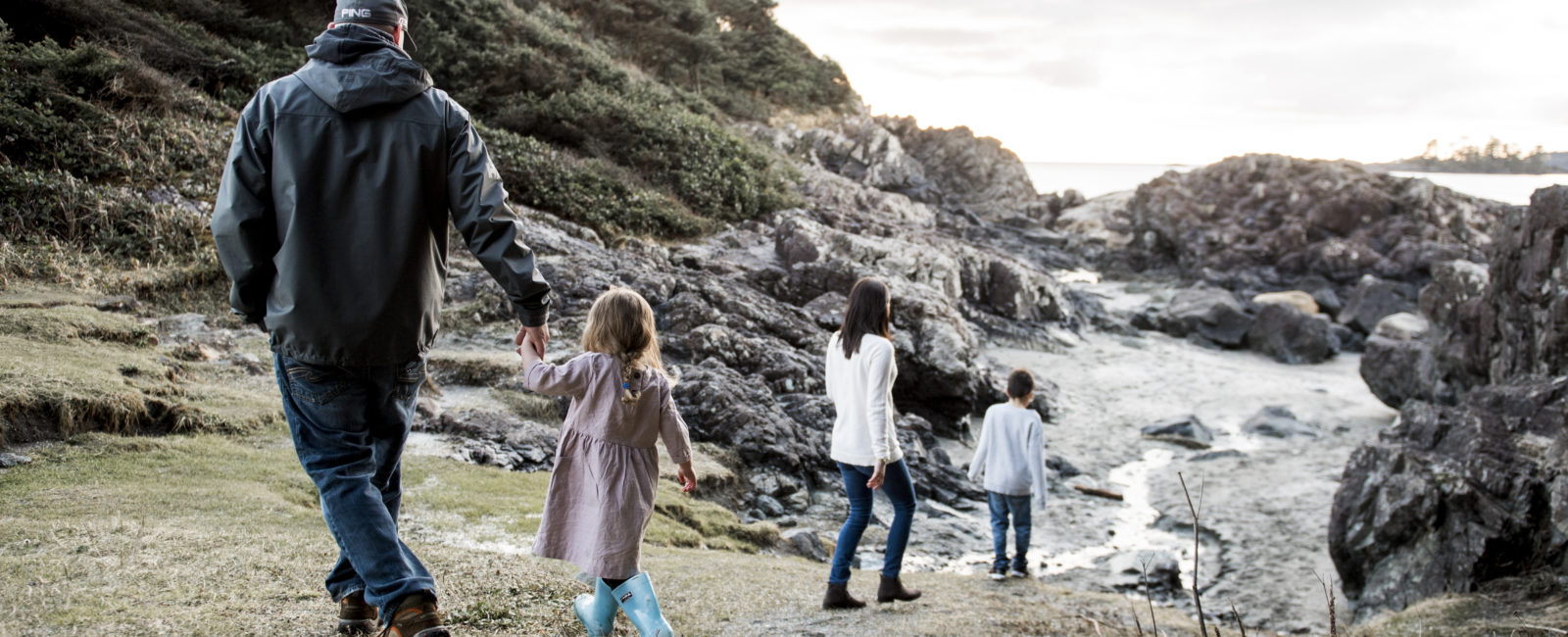 Tofino Family Photos with Bryanna Bradley
