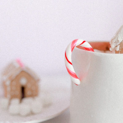 How To | Mini Cookie Hot Chocolate Homes